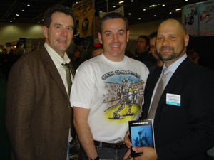 John Chatterton & Richie Kohler from the Wreck Detectives show buy a copy of the new bible ;-)